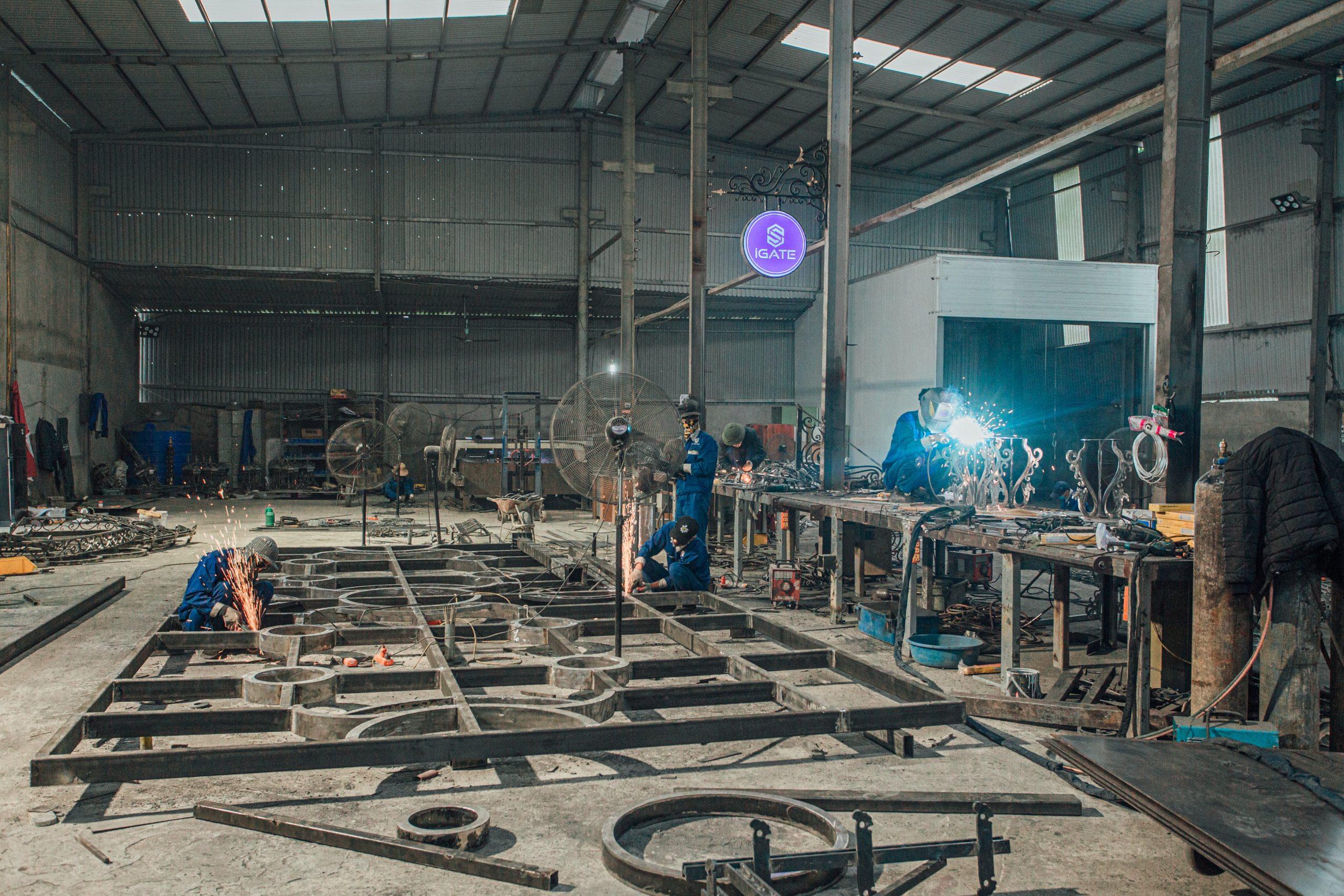 Làm Mái Kính Sân Thượng Đẹp Tại Hà Nội
